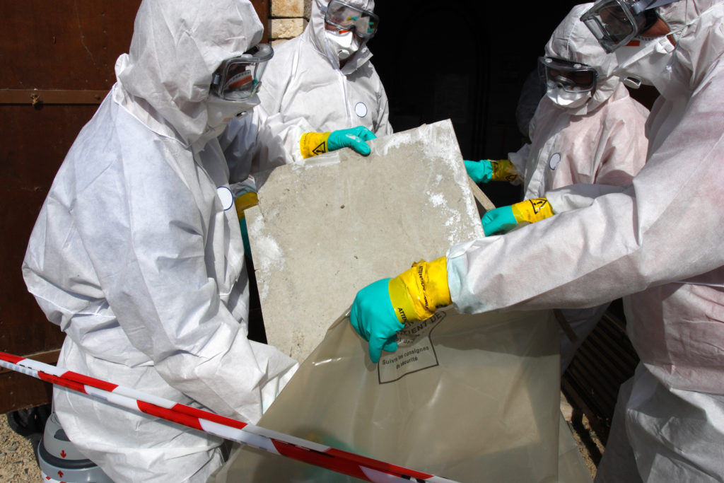 Safe removing of Asbestos and bagging